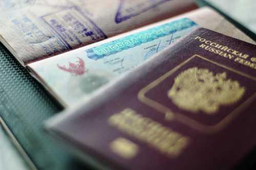 документы и срок переоформления загранпаспорта в 2019 году